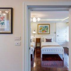 Отель The Ritz Aree 3* Стандартный семейный номер с двуспальной кроватью фото 6