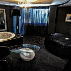 Carol Hotel 2* Полулюкс с разными типами кроватей фото 16