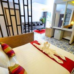Aranta Airport Hotel 3* Семейный номер Делюкс с двуспальной кроватью