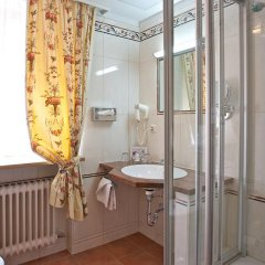 Отель Landgasthof Deutsche Eiche Германия, Мюнхен - отзывы, цены и фото номеров - забронировать отель Landgasthof Deutsche Eiche онлайн ванная фото 4