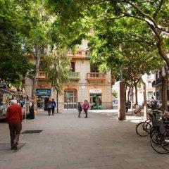 Отель Rustic Poble Sec Apartment Испания, Барселона - отзывы, цены и фото номеров - забронировать отель Rustic Poble Sec Apartment онлайн спортивное сооружение