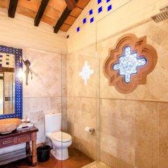 Отель The Pool House By Casa Muni ванная
