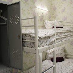 Хостел Ника-Сити Кровати в общем номере с двухъярусными кроватями фото 27