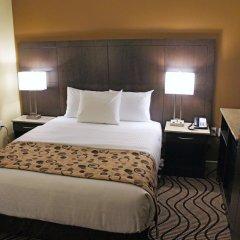 Отель La Quinta Inn & Suites Oshawa 2* Стандартный номер с различными типами кроватей