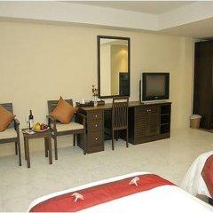 My Hotel 3* Улучшенный номер с двуспальной кроватью фото 5