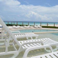 Отель Grand Park Royal Luxury Resort Cancun Caribe Мексика, Канкун - 3 отзыва об отеле, цены и фото номеров - забронировать отель Grand Park Royal Luxury Resort Cancun Caribe онлайн бассейн