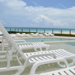 Отель Grand Park Royal Luxury Resort Cancun Caribe бассейн