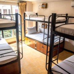 Отель Vietnam Backpacker Hostels - Downtown Кровать в общем номере с двухъярусной кроватью фото 3