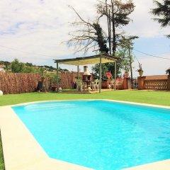 Отель Can Roure бассейн