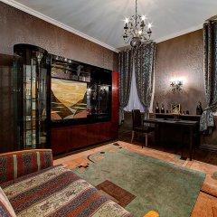 Отель Longo On Bolshaya Konyushennaya Санкт-Петербург интерьер отеля фото 2