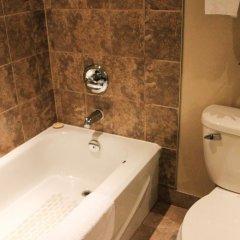 Отель WelcomINNS Ottawa Канада, Оттава - отзывы, цены и фото номеров - забронировать отель WelcomINNS Ottawa онлайн ванная