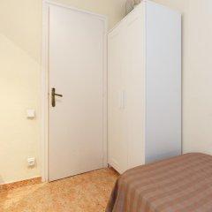 Апартаменты Centric Lodge Apartments Барселона сейф в номере