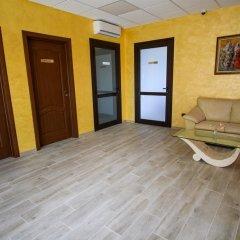 Отель Sinabovite Houses Болгария, Боженци - отзывы, цены и фото номеров - забронировать отель Sinabovite Houses онлайн интерьер отеля фото 2