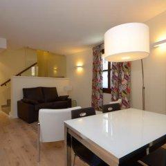 Отель Apartamentos El Palacete de Ainsa комната для гостей фото 4