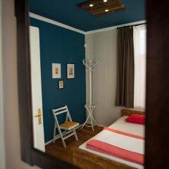 Отель Canape Connection Guest House Номер Делюкс с различными типами кроватей фото 9