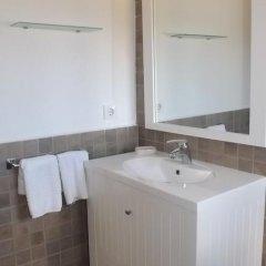 Отель Casa Rural Valdezaque Ла-Гарровилья ванная