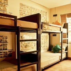 goStops Delhi (Stops Hostel Delhi) Кровать в общем номере с двухъярусной кроватью фото 13