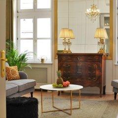 Отель Chestnut & Eliza Suites - Superior Homes Будапешт интерьер отеля фото 3