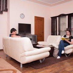 Гостиница Almaty Backpackers комната для гостей фото 4