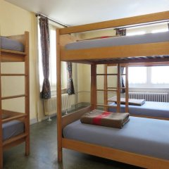 City Backpacker / Hotel Biber Кровать в общем номере фото 3