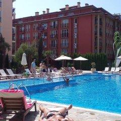 Отель Studio Evgeniya Болгария, Солнечный берег - отзывы, цены и фото номеров - забронировать отель Studio Evgeniya онлайн бассейн фото 3