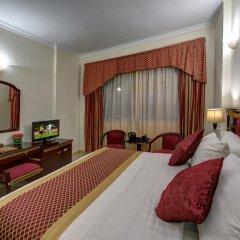Comfort Inn Hotel 3* Стандартный номер с двуспальной кроватью