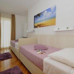 Отель Apartmani Trogir 4* Улучшенные апартаменты с различными типами кроватей фото 3