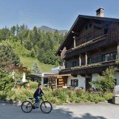 Отель Hells Ferienresort Zillertal Австрия, Фюген - отзывы, цены и фото номеров - забронировать отель Hells Ferienresort Zillertal онлайн спортивное сооружение