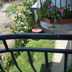Отель Guest House Sunflowers Болгария, Поморие - отзывы, цены и фото номеров - забронировать отель Guest House Sunflowers онлайн балкон