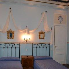 Отель Hostal Center Inn 2* Стандартный номер с различными типами кроватей фото 37