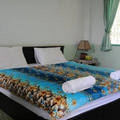 Отель Karon Thira Guesthouse Номер Эконом разные типы кроватей фото 4
