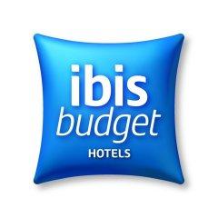 Отель ibis budget Paris Porte de Montreuil бассейн