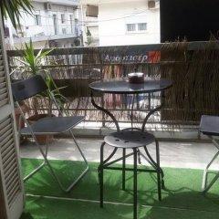 Отель Thess Hostel Греция, Салоники - отзывы, цены и фото номеров - забронировать отель Thess Hostel онлайн балкон