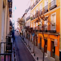Отель Madrid House балкон
