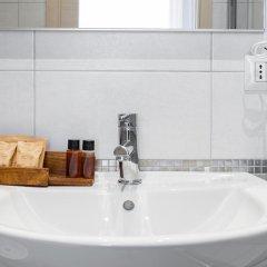 Отель La Grande Bellezza Guesthouse Rome 2* Стандартный номер с различными типами кроватей фото 17