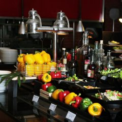 Отель Swissotel Phuket Камала Бич гостиничный бар