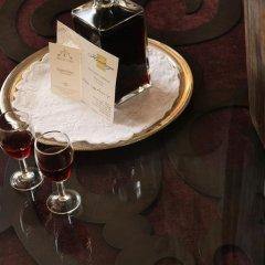 Отель Solar Do Castelo, a Lisbon Heritage Collection 4* Стандартный номер с двуспальной кроватью фото 7