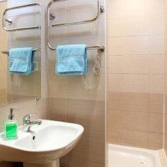 Гостиница Комнаты на ул.Рубинштейна,38 Стандартный номер с двуспальной кроватью (общая ванная комната) фото 4