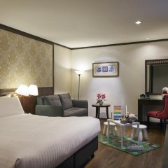 Albert Court Village Hotel by Far East Hospitality 4* Улучшенный номер с различными типами кроватей фото 4