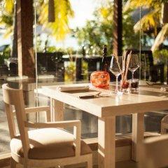 Отель The St Regis Bora Bora Resort гостиничный бар фото 2