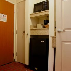 Отель Comfort Inn Los Angeles 3* Стандартный номер фото 9