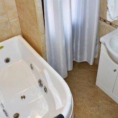 Family Hotel Varosha 2003 3* Люкс с различными типами кроватей фото 3