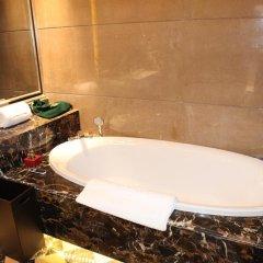 Отель Chateau Star River Guangzhou Peninsula 4* Номер Делюкс с различными типами кроватей фото 3