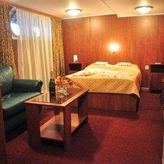 Hotel-ship Petr Pervyi Стандартный семейный номер с двуспальной кроватью фото 6