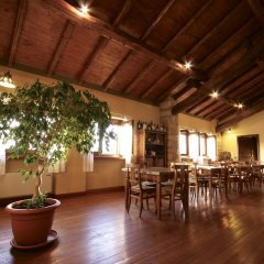 Отель Accornero Giulio E Figli B&B Виньяле-Монферрато гостиничный бар