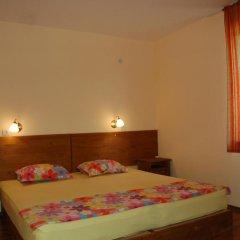 Отель Sinia Vir Eco Residence Болгария, Сливен - отзывы, цены и фото номеров - забронировать отель Sinia Vir Eco Residence онлайн комната для гостей фото 2