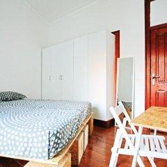 Liv'in Lisbon Hostel Стандартный номер с двуспальной кроватью (общая ванная комната) фото 10