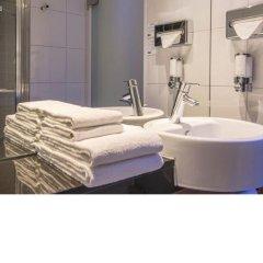 Отель Holiday Inn Express Frankfurt City Hauptbahnhof 4* Стандартный номер с различными типами кроватей
