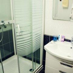 Hotel Olimpiya 3* Улучшенный номер с двуспальной кроватью фото 9