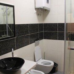 Отель Tirana Smart Home Албания, Тирана - отзывы, цены и фото номеров - забронировать отель Tirana Smart Home онлайн ванная фото 2